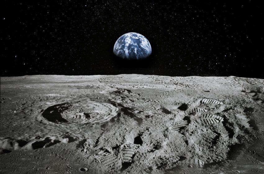 Jeff Bezos e il lander Blue Moon del progetto Blue Origin, intervista all'inventore di Amazon